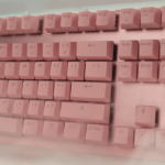 teclado gaming rosa